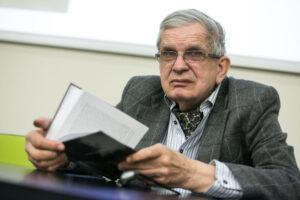 "Raðytojas Tomas Venclova leidinio ""Tomas Venclova: bibliografijos rodyklës (1956–2011)"" pristatyme."